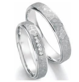 Romantische Trauringe Palladium mit Diamanten