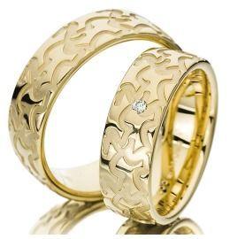 Trauringe Gelbgold Diamant strukturiert extravagant